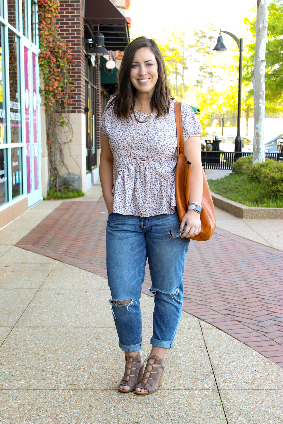 How to Wear Boyfriend Jeans for Spring