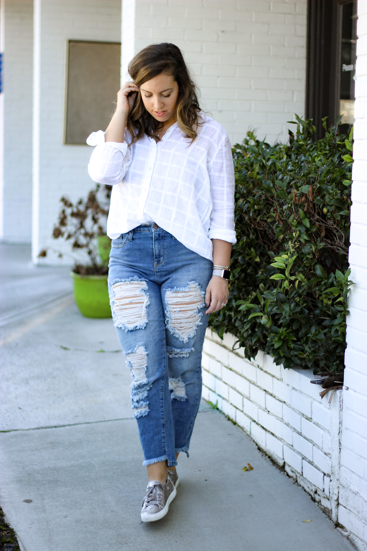 Velvet Sneakers and Boyfriend Jeans | Just Peachy Blog